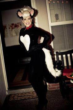 halloween makeup skunk allyouniquehalloween makeup. Black Bedroom Furniture Sets. Home Design Ideas