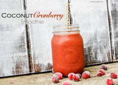 Smoothing Coconut Cranberry Smoothie {for gut health} || cotter crunch