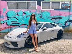 Des jolies filles et des Porsche - Page 333 - PHOTOS - Boxster Cayman 911 (Porsche) Porsche Gt3, Porsche Carrera, Porsche Cars, Porsche Classic, Ferdinand Porsche, Sexy Cars, Hot Cars, Porsche Models, Cars Motorcycles