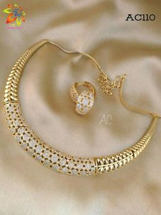 Gold Jewelry Simple, Modern Jewelry, India Jewelry, Jewellery, Imitation Jewelry, Jewelry Patterns, Gold Bangles, Bridal Jewelry, Jewelry Collection