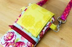 Show Off Saturday... A Phone Wallet with Benefits! — SewCanShe | Free Sewing Patterns for Beginners