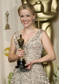 Reese Witherspoon- 2006 Best Actress    Vintage Dior