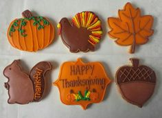 Thanksgiving decorated cookies. Made by Pastry Chef Yolanda- www.Facebook. com/PastryChefyolanda