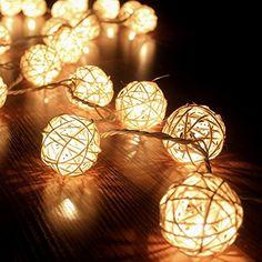 FRE 3M Sturm cremeweiß 20 Rattan-Ball Lichterkette String Lights - Ideal für Hochzeit, Weihnachten, Party, Heim-Dekoration FRE http://www.amazon.de/dp/B010SPYYU8/ref=cm_sw_r_pi_dp_aq4pwb0ZX9KQX