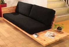 24 Unique Sofa For Your Room Inspirations Diy Pallet Sofa, Diy Sofa, Diy Furniture Sofa, Kids Furniture, Furniture Projects, Furniture Plans, Modern Furniture, Furniture Design, Futon Sofa