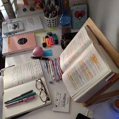 Study Pictures, Study Photos, Study Areas, Study Space, Study Corner, Study Room Decor, Study Organization, Studyblr, Work Motivation