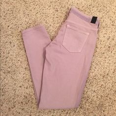 VINCE Brand new pair of lavender ankle skinnies. The shade is a little darker on the sides and the waistband. True to size. Inseam 28 inches. 98% cotton 2% elastane. Offers welcome :) Vince Pants Ankle & Cropped