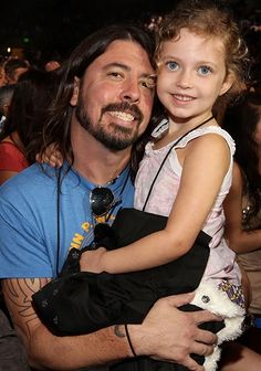 Dave Grohl poses with his daughter Violet at Nickelodeon's 24th Annual Kids' Choice Awards.