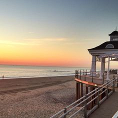 Pier Village gazebo at sunrise. #JerseyShore #NJ #RestoreTheShore