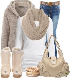 Cozy outfit with uggs and chunky scarf! #uggs