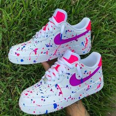 NIKE MIX i use diferent colors for this desing Cute Nike Shoes, Cute Nikes, Cute Sneakers, Vans Sneakers, Cute Nike Outfits, Awesome Shoes, Simple Outfits, Jordan Shoes Girls, Girls Shoes