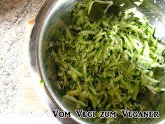 Vom Vegi zum Veganer: ZUCCHINIKÜCHLEIN ODER WAS MACHE ICH AUS EINER LANG...