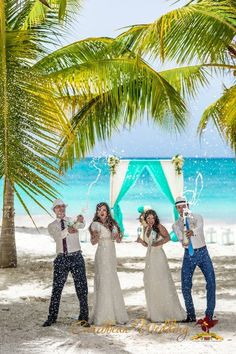 Pop the champagne! Double weddings at Caribbean Wedding Agency #wedding #caribbean #weddingindominican #caribbeanweddingagency