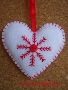 felt christmas ornament, heart - Crafting For Ideas Felt Christmas Decorations, Christmas Ornaments To Make, Christmas Sewing, Noel Christmas, Felt Ornaments, Valentine Crafts, Homemade Christmas, Christmas Projects, Holiday Crafts