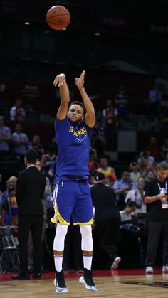 Stephen Curry Photos, Nba Stephen Curry, Curry Basketball, Basketball Players, Stephen Curry Shooting, Stephen Curry Wallpaper, Wardell Stephen Curry, Golden State Warriors Basketball, Basketball Skills