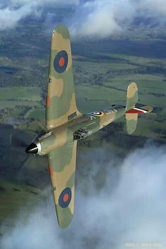 I love this view of this Hawker Hurricane. Aircraft Photos, Ww2 Aircraft, Fighter Aircraft, Military Aircraft, Fighter Jets, Stonehenge, Spitfire Supermarine, Hawker Hurricane, Ww2 Planes