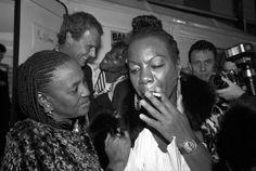 "manufactoriel: "" Miriam Makeba and Nina Simone Banlieues Bleues Festival, Saint Denis, France "" Soul Jazz, Nina Simone, Blues Rock, Miriam Makeba, Gone Girl, Jazz Blues, African American History, Vintage Glamour, New Music"