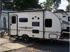 $12.9 w/slide sleeps 4 2015 Palomino Palomini 150RBS for sale  - Marietta, GA   RVT.com Classifieds