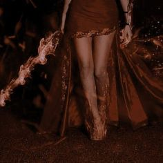 Aesthetic Images, Book Aesthetic, Character Aesthetic, High Fantasy, Fantasy World, Elizabeth Bathory, Throne Of Glass, Celtic Mythology, Princess Aesthetic