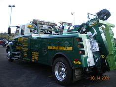 World of tow trucks and service trucks Big Rig Trucks, Tow Truck, Trucks For Sale, Semi Trucks, Quito, Diesel Pickup Trucks, Towing And Recovery, Emergency Equipment, Truck Paint