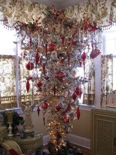 Space Saver Christmas Tree
