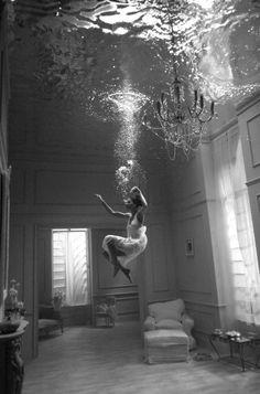 under water modeling.....beautiful