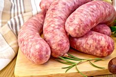 Sausage Pizza Recipe, Store Bought Pizza Dough, Home Made Sausage, Lithuanian Recipes, Best Sausage, Make Your Own Pizza, Ground Sausage, Pizza Recipes, Quick Easy Meals