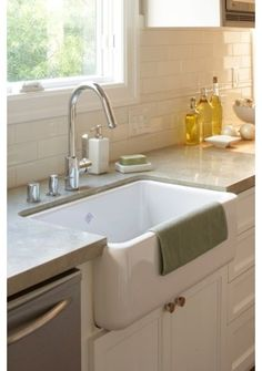 Contractor Tips: Countertop Installation from Start to Finish . . . When it comes to countertops, choosing the material you want is just the beginning. This checklist helps make sure that everything goes smoothly, advising on things like putting in the sink first, accounting for overhangs and deciding on the right counter height.