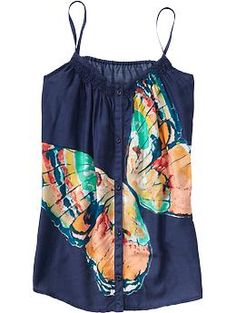 Not a huge butterfly fan, but love this top! Pair it with a yellow/golden yellow cardi for spring!!