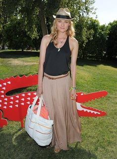 festival-coachella-2013-california-music-musica-moda-fashion-modaddiction-hipster-style-estilo-look-rock-chic-gypsy-people-famosas-look-street-style-diane-kruger-actress-actriz
