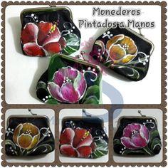 Monederos en Tela Pintados a Mano (HandPainted Clutches)