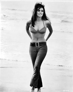 Raquel Welch during the filming of Biggest Bundle, 1968 Um, got this
