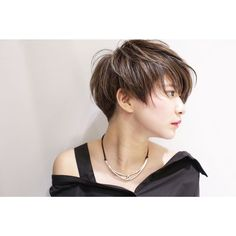 The Best Short Haircut Styles For Women – HerHairdos Medium Short Hair, Girl Short Hair, Short Hair Cuts, Short Haircut Styles, Short Hair Styles Easy, Hairdos For Short Hair, Cool Hairstyles, Japanese Short Hair, Shot Hair Styles
