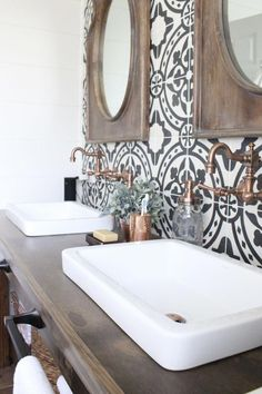 Function and decor in one - Master Bathroom Renovation- How to achieve a farmhouse style bathroom- farmhouse style- bathroom- remodeled bathroom- farmhouse bathroom- cement tile- copper accents- farmhouse style- bathroom update- bathroom reveal- bath Bad Inspiration, Bathroom Inspiration, Bad Styling, Bathroom Tile Designs, Bathroom Ideas, Bathroom Makeovers, Bathroom Organization, Bathroom Storage, Bathroom Bin