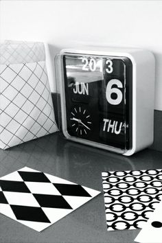 Via Tricia de Vries | Varpunen Sack | Kitchen | Karlsson Flip Clock