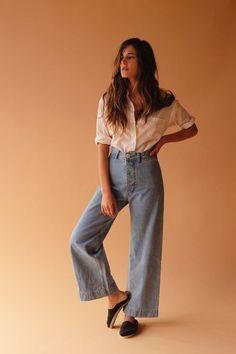 jesse kamm denim white shirt style outfit fashion moda look camisa branca jeans Fat Fashion, Fashion Moda, Petite Fashion, New York Fashion, Look Fashion, Fashion 2018 Style, Fashion Spring, Cheap Fashion, Paris Fashion