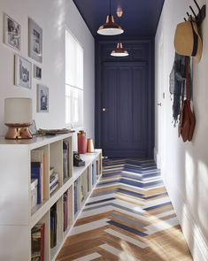 blue door and blue ceiling, great idea...