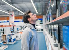 Explore Best Buy rewards programs and how loyal customers can sign up for big rewards using a smartphone app that shops with them.