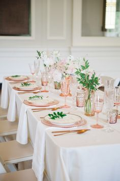 Another example of a lighter take on this palette, substituting ivory linens for the white ones pictured.