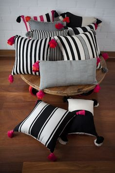 ideas for diy furniture painting patterns ideas Diy Cushion Covers, Cushion Cover Designs, Pillow Covers, Bow Pillows, Sewing Pillows, Burlap Pillows, Diy Home Crafts, Diy Home Decor, Painted Furniture