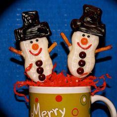 Snowmen (made using Nutter butter cookies) www.sweetapeel.com