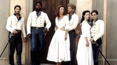 Keanu Reeves (Don John), Denzel Washington (Don Pedro), Emma Thompson (Beatrice), Kenneth Branagh (Benedick), Kate Beckinsale (Hero) Robert Sean Leonard (Claudio) - Much Ado About Nothing diected by Kenneth Branagh William Shakespeare, Shakespeare Movies, Shakespeare Theater, Movies Showing, Movies And Tv Shows, Love Movie, Movie Tv, Don John, Robert Sean Leonard