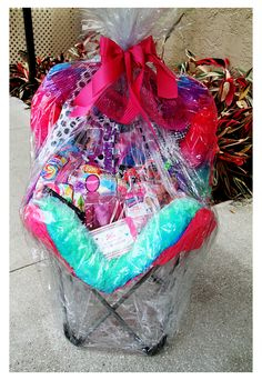 """Calling all parents of """"girly girls"""" get your fingers ready to start the bidding on this beautiful Justice basket up for auction at Havana Nights. You do NOT need to be at Spring Fling this Friday to . Raffle Baskets, Easter Gift Baskets, Christmas Gift Baskets, Easter Basket Ideas, Baby Girl Cards, Easter 2020, Emoji, Finger, Easter Party"""