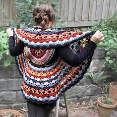 Are you on the hunt for a Crochet Circular Jacket Pattern Free Tutorial. We have you covered with an assortment of beautiful ideas you will love. Crochet Circle Vest, Crochet Jacket Pattern, Crochet Shell Stitch, Crochet Circles, Crochet Rope, Vest Pattern, Free Crochet, Knit Crochet, Crochet Patterns