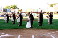 Real Wedding : marrying on home plate of a baseballstadium - Brendas Wedding Blog - wedding blogs with stylish wedding inspiration boards - unique real weddings - wedding vendors