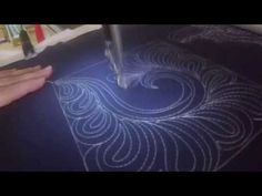 Paisley Feather in Block tutorial by Angela Walters