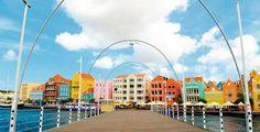 Circa een maand geleden heb ik Curacao bezocht voor familie bezoek. Het nieuws dat ik binnen een bepaalde periode op Curaçao zou zijn ging snel rond op het eiland. Vervolgens werd ik gevraagd om een 2-daagse #workshop te geven samen met Mercee Doran omtrent mijn 2 #boeken De 22 Wijsheden en Ontdek Jouw Levensdoel. Ik heb een korte artikel geschreven over mijn ervaring op Curaçao. Klik op onderstaande link en #lees wat ik allemaal heb meegemaakt. Willemstad, Villa, Spa, Street View, Places, Travel, Rice, Fork, Villas