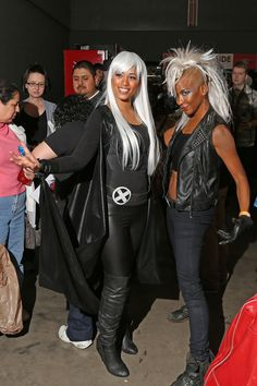 #Storm #Cosplay two ways! at Wizard World ATX ComicCon promoting fan film