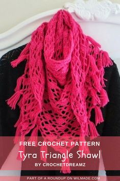 Here you can find a roundup of 10 #crochet #shawlsfor#spring. All of the shawls are free crochet patterns! > wilmade.com