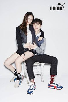 f(x) member Krystal and model Ahn Jae Hyun pose together for sportswear brand Puma. Both have been chosen as its brand ambassador to promote its young adult section featuring urban and slick style. Krystal Jung, Ahn Jae Hyun Instagram, Korean Celebrities, Korean Actors, Korean Couple Photoshoot, Fashion Couple, Korean Model, Couple Posing, Sportswear Brand